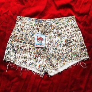 BNWT pull and bear denim shorts
